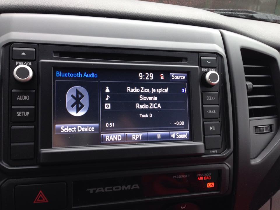 radio Žica u avtu ZDA