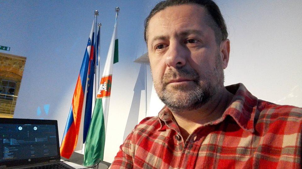enci in zastave